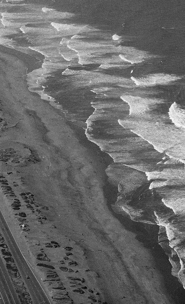 The waves at Ocean Beach. Photo: Terry Schmitt, The Chronicle